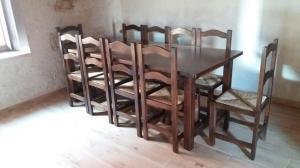 Conjunto de 1 mesa y 10 sillas madera con anea