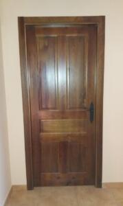 Puerta interior madera castellana 5 cuadros