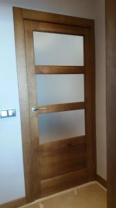Puerta interior madera vidriera