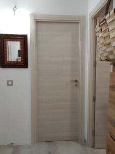 Puerta interior laminado maciza liso color clarito