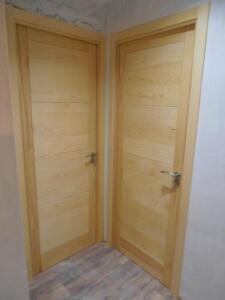 Puerta lisa madera en su color