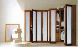 Armarios con puertas plegables