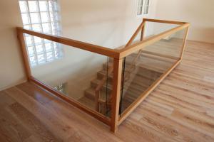 Barandillas madera-cristal