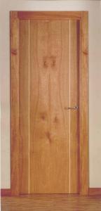 Puertas interior lisa cerezo con 2 grecas claras
